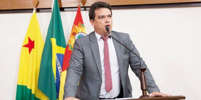 André Vale diz que prefeito Bocalon deve desculpas aos farmacêuticos