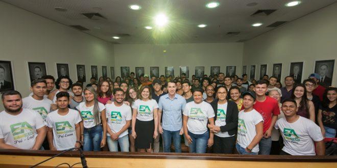 Presidente Ney Amorim lança pré-Enem gratuito para comunidade