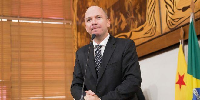 Deputado Gehlen Diniz destaca arquivamento de processo contra Gladson Cameli na Lava Jato