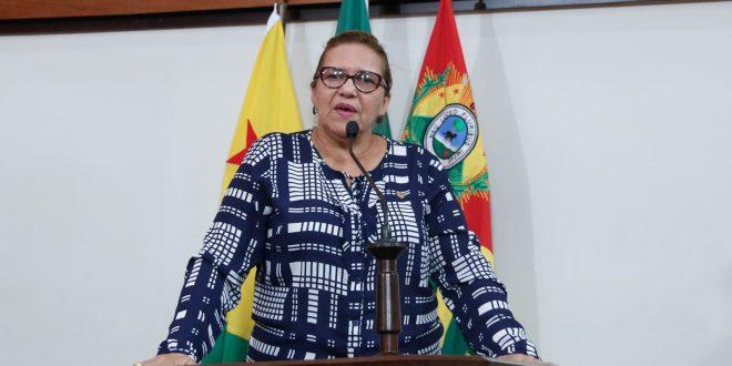 Deputada Doutora Juliana critica politicagem feita acerca da BR-364
