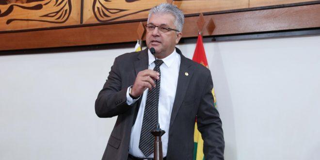 Deputado Nelson Sales comemora arquivamento de denúncia contra Gladson Cameli