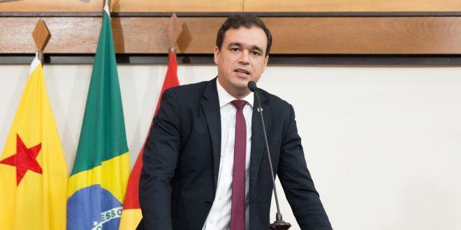 Deputado Daniel Zen afirma que governos da oposição quebraram o Estado