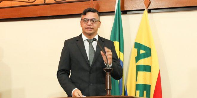 Wagner Felipe pede informações do governo do Estado sobre novo decreto