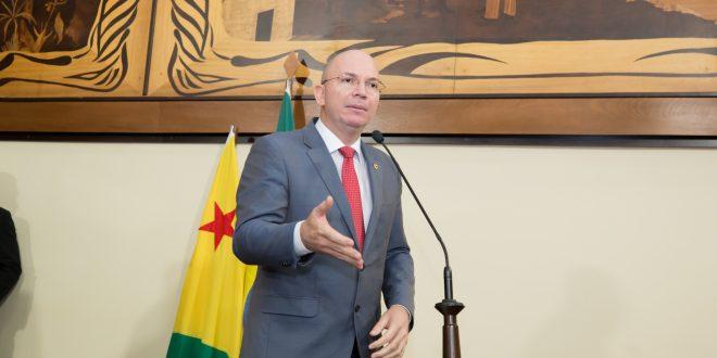 Gehlen Diniz destaca reunião com diretor presidente do Iapen