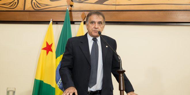 Bestene parabeniza prefeito de Porto Acre pelo trabalho realizado