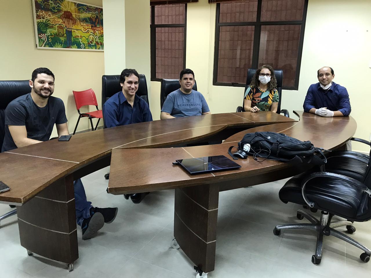 Equipe técnica da Aleac se reúne com técnicos da TI da Câmara de Vereadores de Rio Branco
