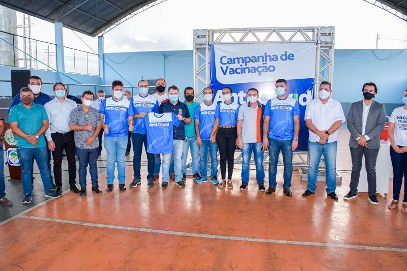 Presidente Nicolau Júnior participa da abertura de vacinação anti-Covid em Cruzeiro do Sul