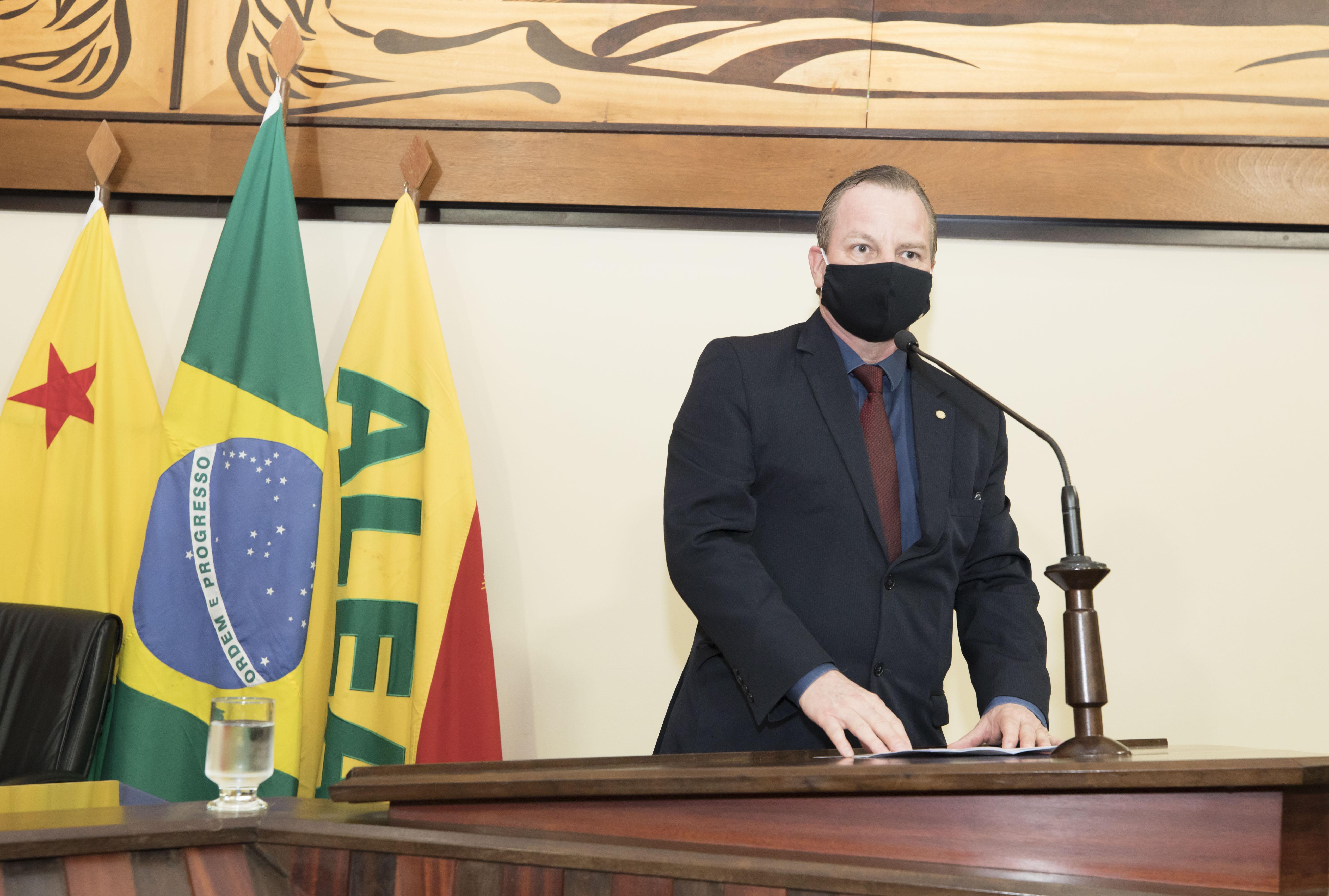Deputado Pedro Longo diz que jurídico do governo busca solução para cadastro de reserva