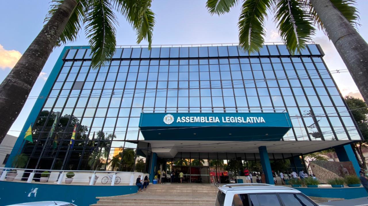 Deputados agendam audiência pública para debater PL que visa contratar médicos brasileiros formados no exterior