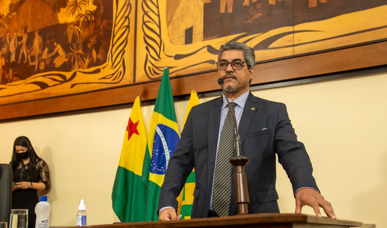 Deputado Edvaldo Magalhães afirma que governador enganou cadastro de reserva da Policia Civil