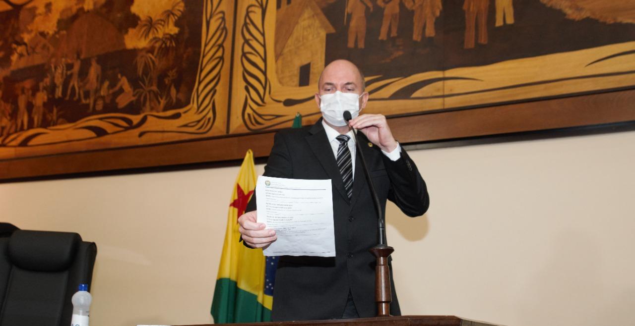 Gehlen Diniz reivindica realização de mutirão de cirurgias para Plácido de Castro