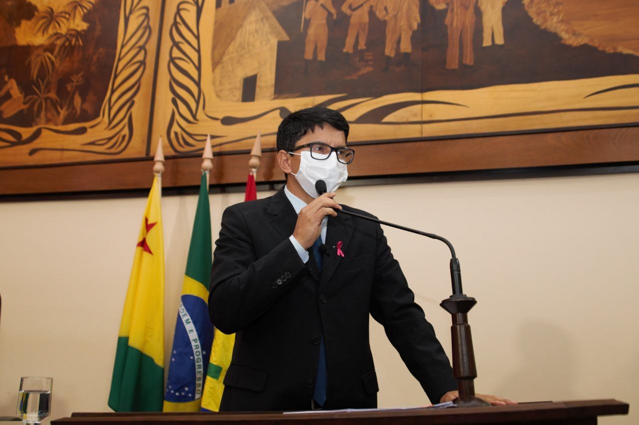 Deputado Jenilson Leite demonstra preocupação com diminuição de verbas para manutenção das BR's do Estado