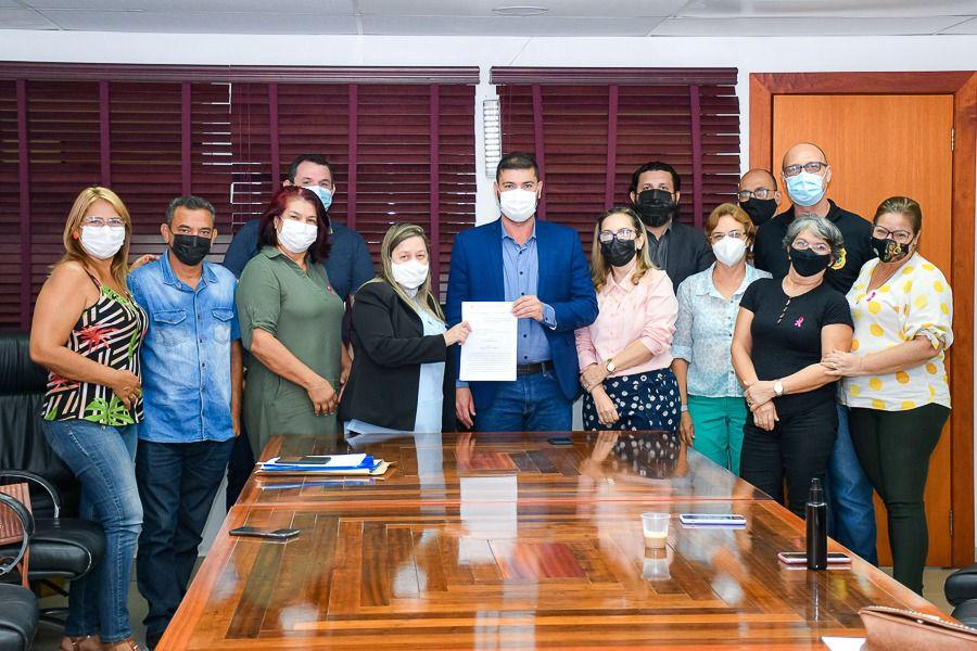 Em reunião, presidente da ALEAC e Sindicato dos Servidores avançam para implantação do PCCR