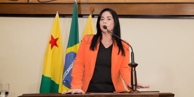Maria Antônia se solidariza com famílias das vítimas da Covid-19
