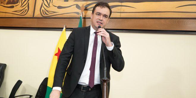 Daniel Zen cobra do governo do Estado liberação de emendas parlamentares