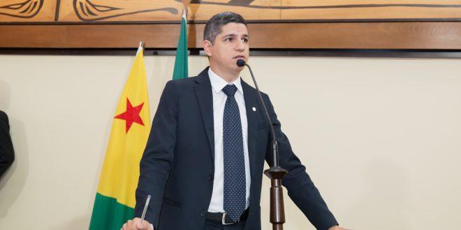 Deputado Fagner Calegário parabeniza governo pelo Cartão do Bem