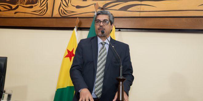 Deputado Edvaldo Magalhães pede que Aleac seja mediadora em audiência com grevistas da Educação