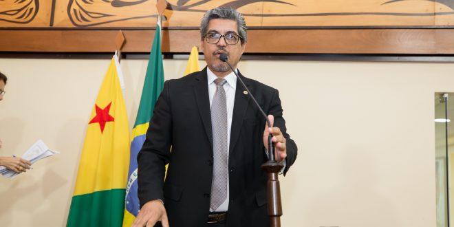 Deputado Edvaldo Magalhães destaca PL de sua autoria que prevê grau máximo de insalubridade a servidores da Saúde
