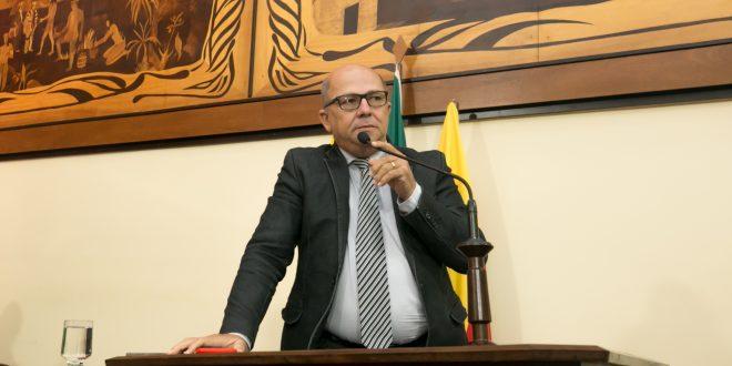 Deputado Jonas Lima pede ajuda para hospitais do Juruá