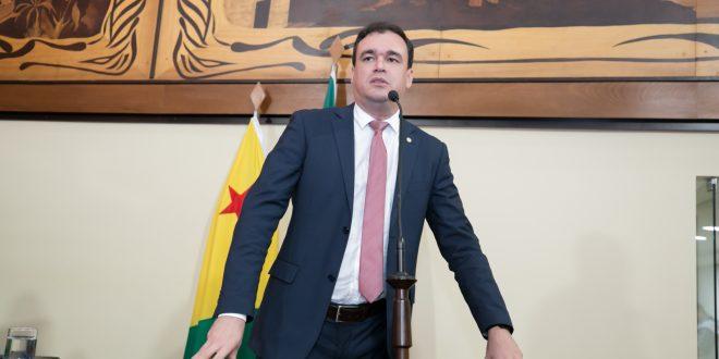 Deputado Daniel Zen pede aprovação da Renda Mínima Cidadã no Acre