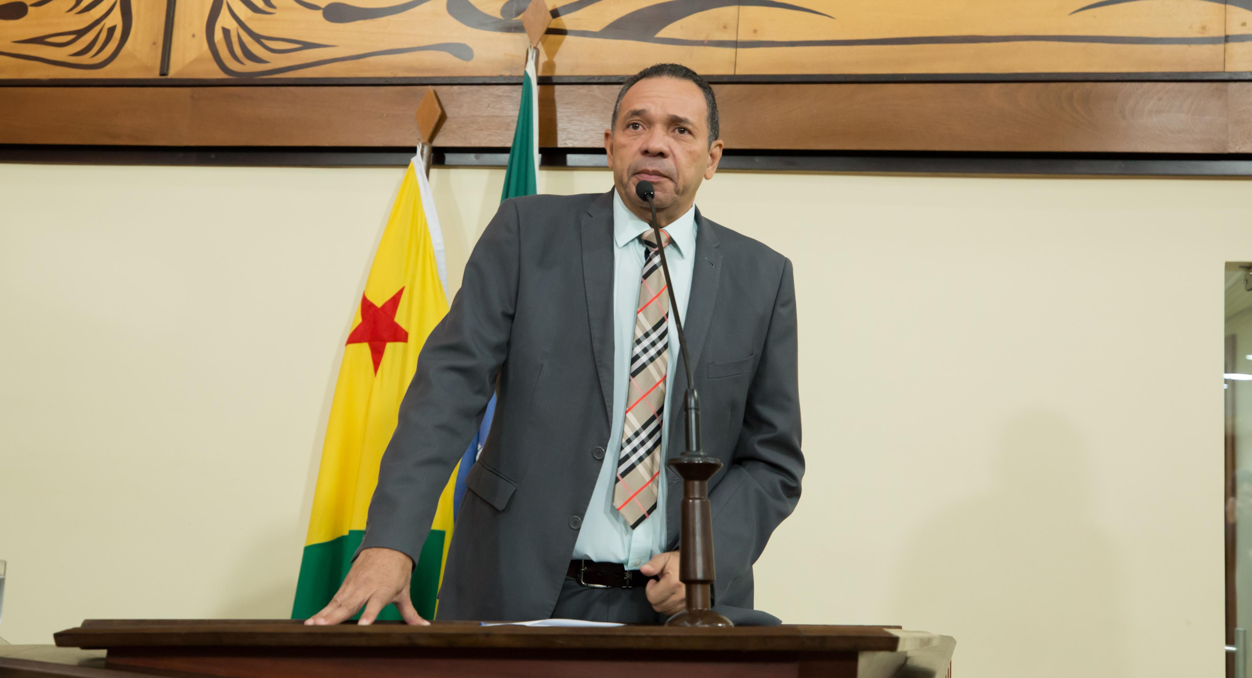 """Manoel Moraes comenta nomeação de Socorro Neri como secretária da SEE """"É a pessoa certa na hora certa"""""""