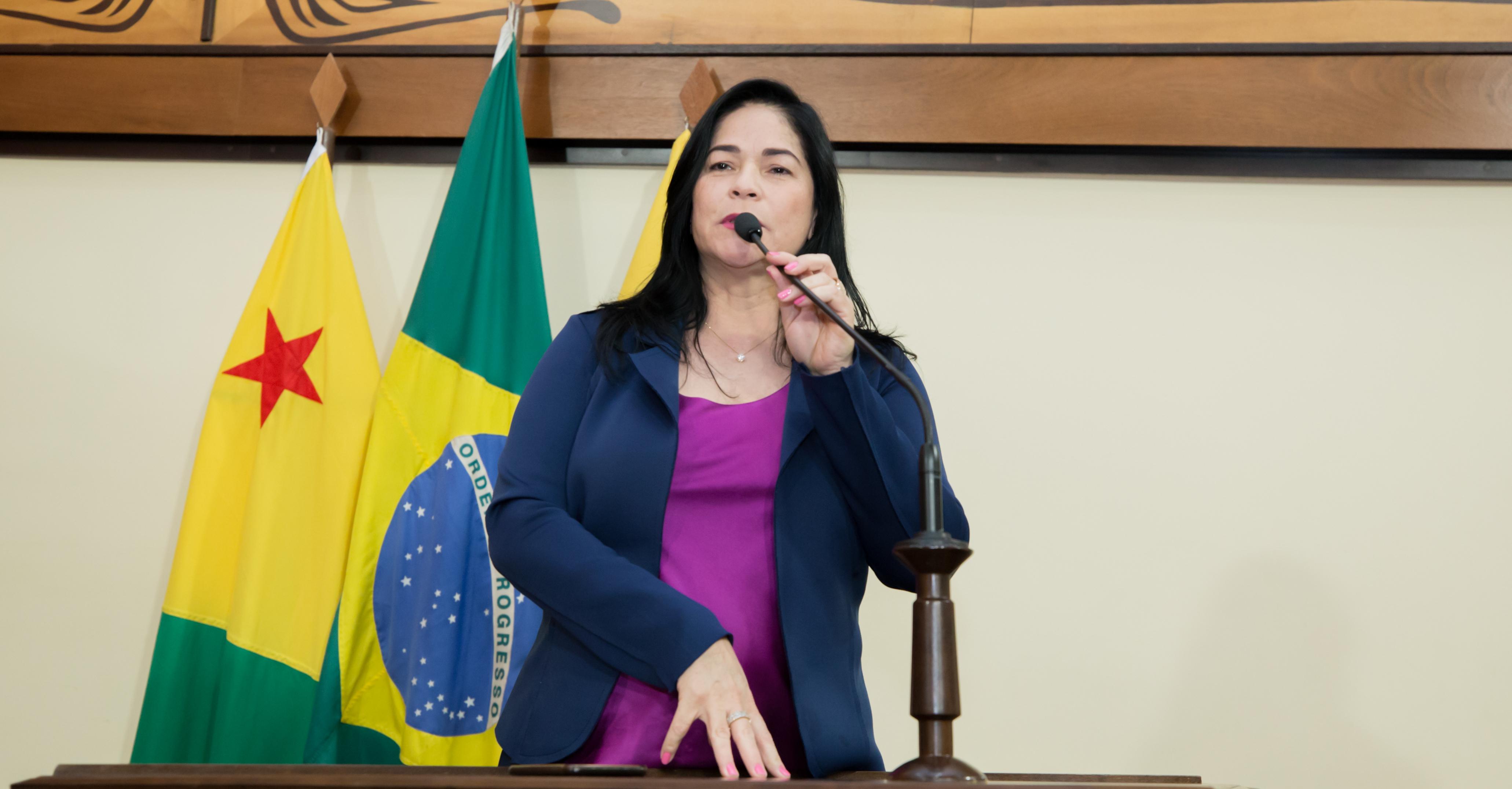 Maria Antônia destaca lançamento do Cartão do Bem no Juruá