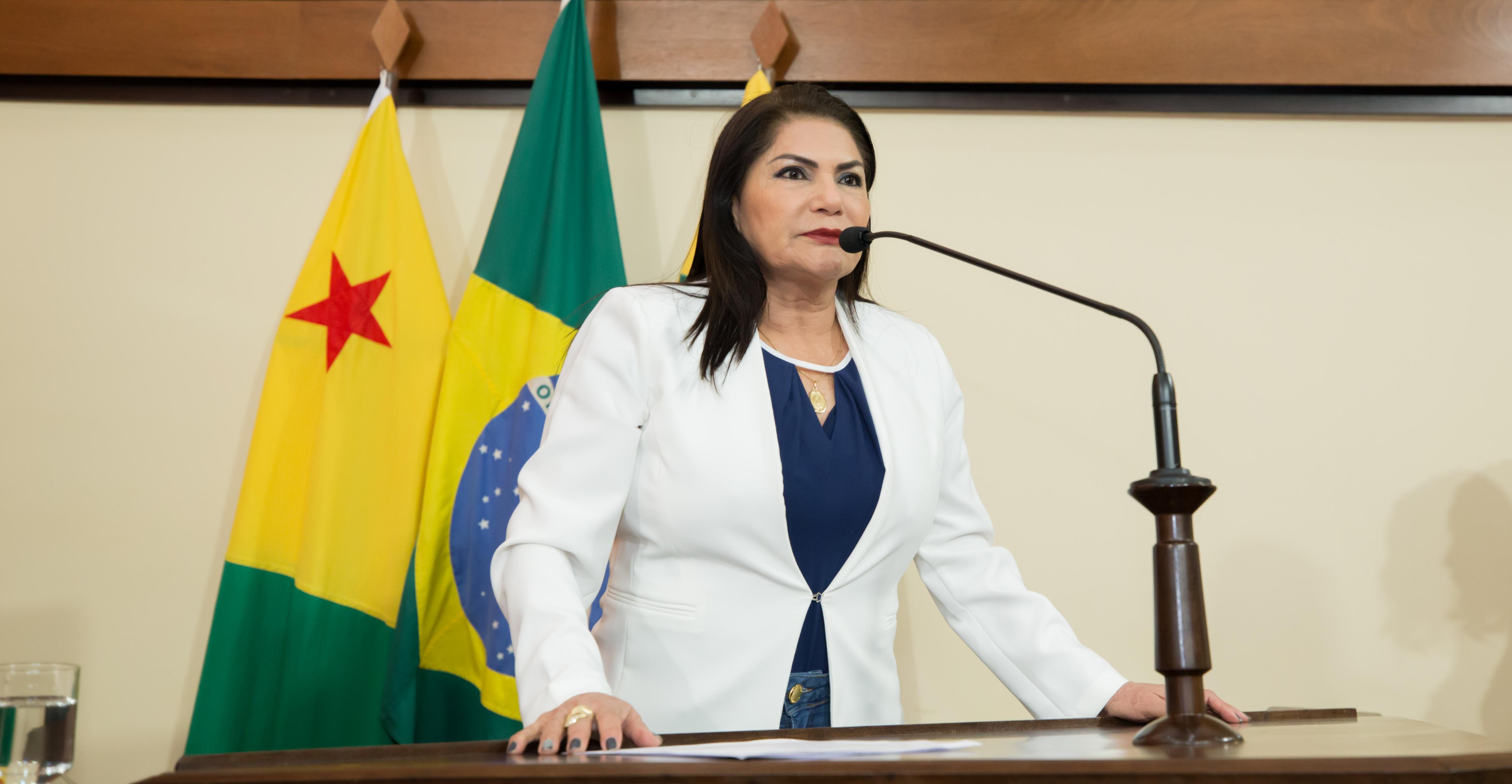 Deputada Antônia Sales pede mais ações do governo para combater violência contra as mulheres