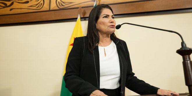 Antonia Sales destaca aprovação de PL de sua autoria que cria o Código Sinal Vermelho
