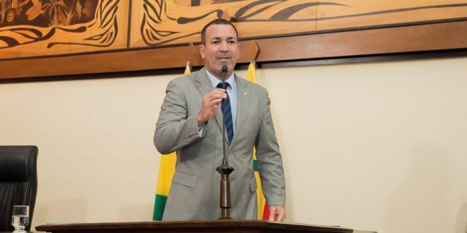 Deputado Nenem Almeida esclarece que indicou pouco mais de dez CEC's ao governo das 40 que atribuem a ele