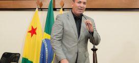 Neném Almeida pede que governador cumpra promessas que fez aos militares