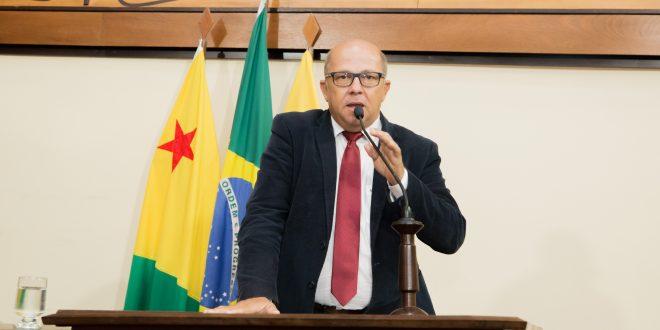 Deputado Jonas Lima diz que governo está em seu terceiro ano e ainda não investiu no setor rural