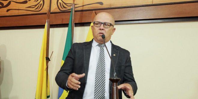 Deputado Jonas Limalamenta pelo desvio de verbas destinadas ao combate do coronavírus