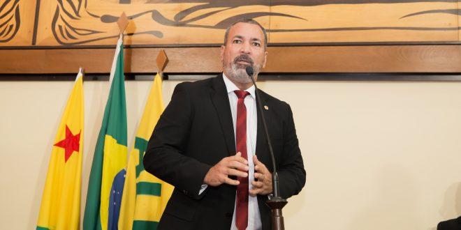 """Neném Almeida lamenta postura de secretários estaduais """"Não me atendem e nem retornam minhas ligações"""""""